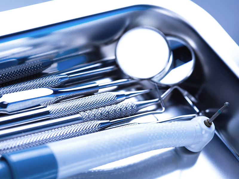 抜歯時の痛みイメージ